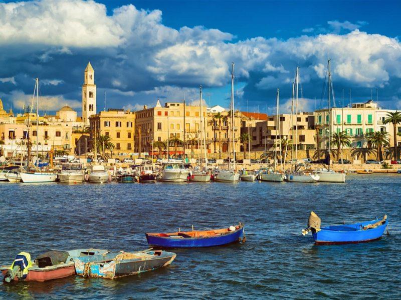 Arrivare in Puglia: conoscere l'aeroporto di Bari