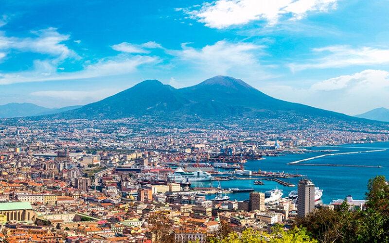 Viaggio tra Napoli e provincia